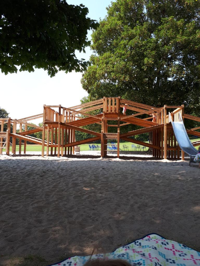 Luisenpark Mannheim Spielplatz Labyrinth