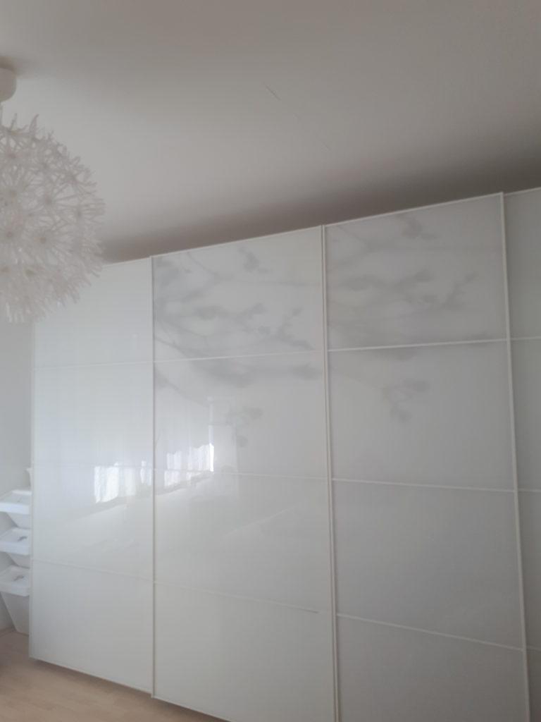 ordnung im familienhaushalt der kleiderschrank mamas morgenstunde. Black Bedroom Furniture Sets. Home Design Ideas